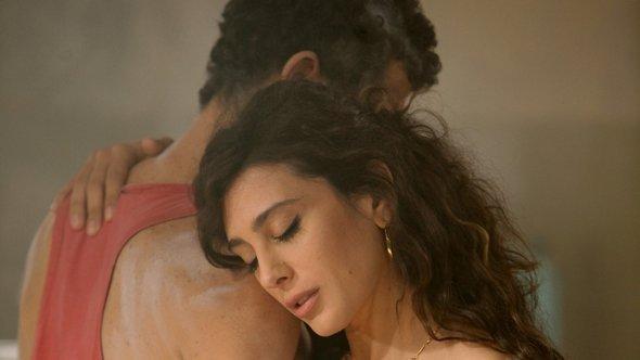 Still from Nadine Labaki's latest film 'Where do we go now?' (source: dpa/TOBIS films)