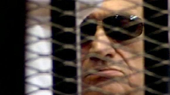 Hosni Mubarak, former president of Egypt, in court in Cairo (photo: dapd)
