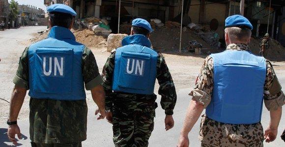 Mitglieder der UN-Beobachtermission in Syrien; Foto: Reuters