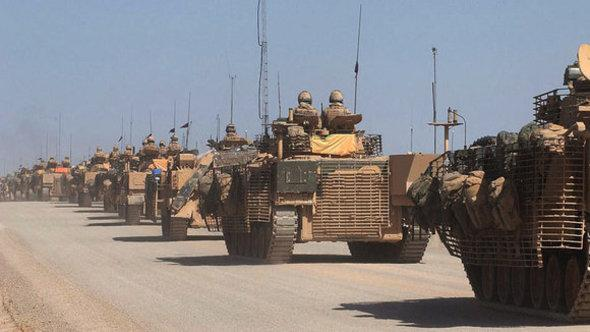 British tanks in Helmand province (photo: picture-alliance/dpa)