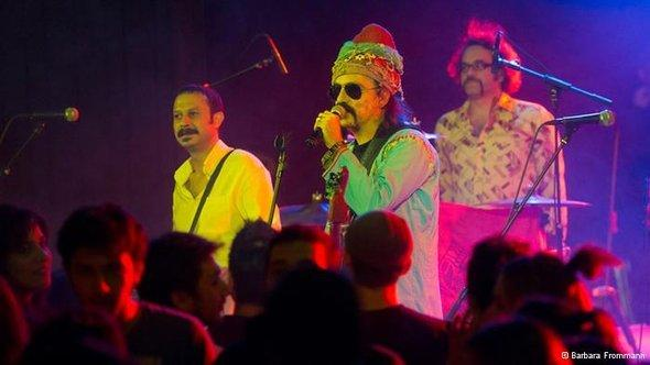 Baba Zula live at the International Beethoven Festival in Bonn, Germany (photo: Barbara Frommann