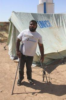 Kurdish refugee Amin at the Domiz refugee camp (photo: Jan Kuhlmann)