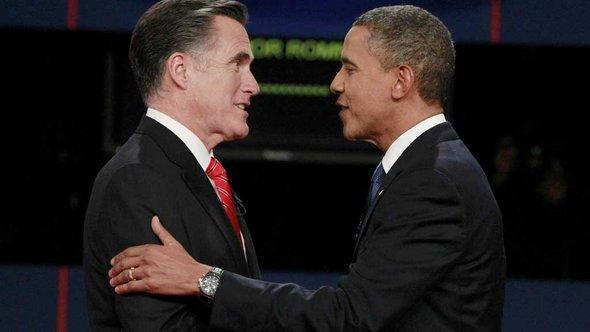Rivals on the run for president: Mitt Romney and Barack Obama (photo: Michael Reynolds)