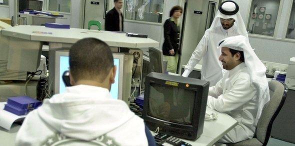 Al-Jazeera newsroom (photo: ddp images/AP)