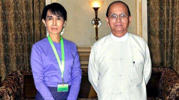 Aung San Suu Kyi and Thein Sein (photo: EPA/MNA)