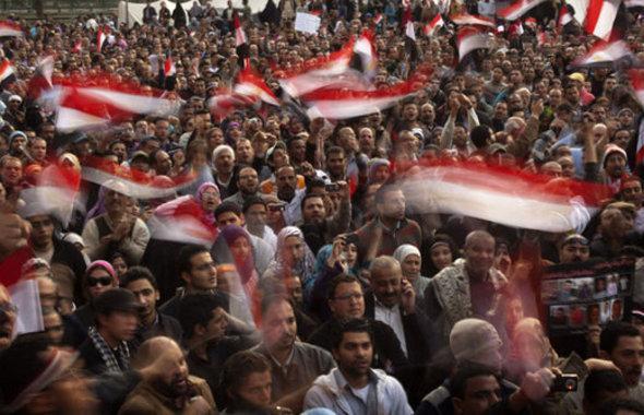 Anti-Mubarak rally on Tahrir Square (photo: AP)
