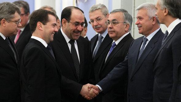 Nuri al-Maliki visits Dmitry Medvedev in Moscow (photo: Reuters)