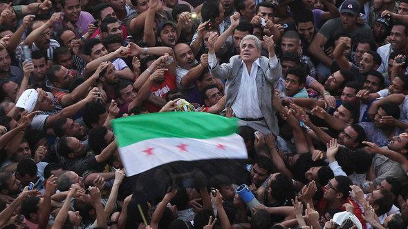Sabahi on the Tahrir Square (photo: Reuters)