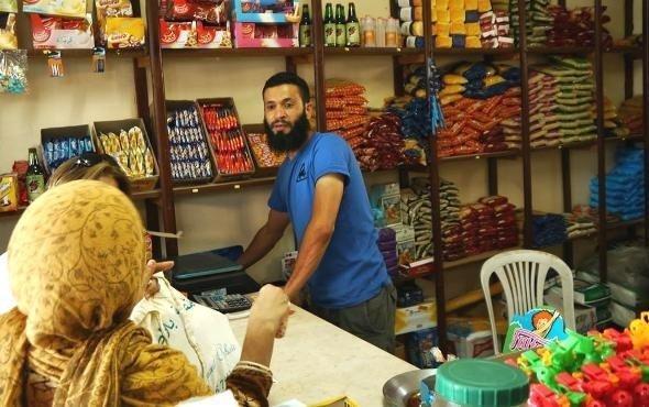 Nabil Ben Abdesselem in his shop in a suburb of Zarzis (photo: Beat Stauffer)