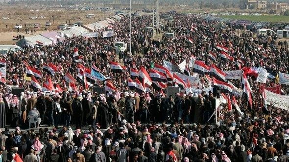 Sunni protests in Ramadi (photo: Reuters)