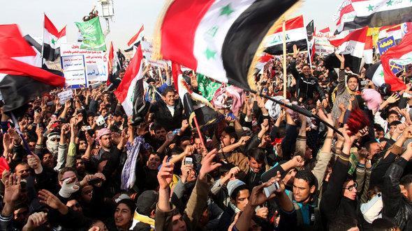 احتجاجات للمواطنين العراقيين السُّنَّة في الفلوجة. د ب أ