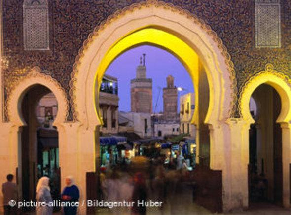 Looking through Boujeloud into the Medina, Fez, Morocco
