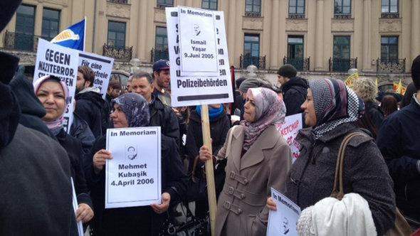 Protest of Turkish women against the right-wing terrorism in Munich (photo: DW/Senada Sokollu)