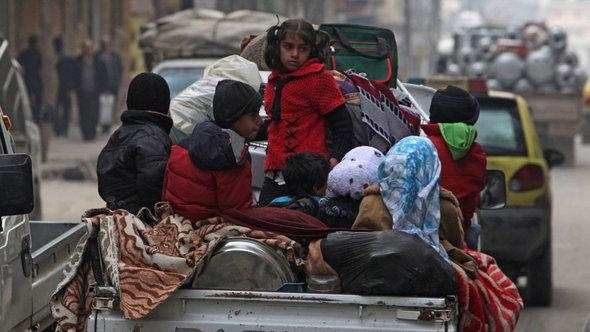 Refugees from Aleppo (photo: Reuters)