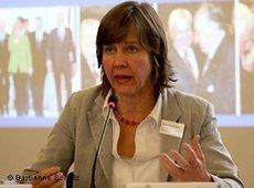 Margreth Lünenborg (photo: Bastienne Schulz)