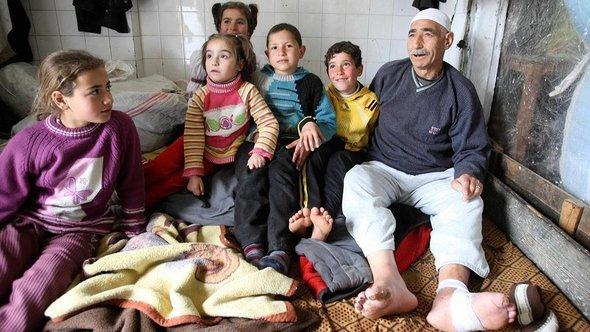 Syrian refugees in Saadnayel in the Bakaa Plain (photo: Reuters)