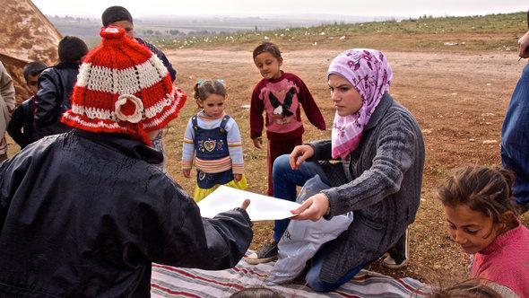 Syrische Flüchtlinge in Atmeh; Foto: DW/A. Stahl