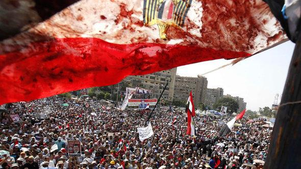 Pro-Morsi rally in Cairo (photo: Reuters)