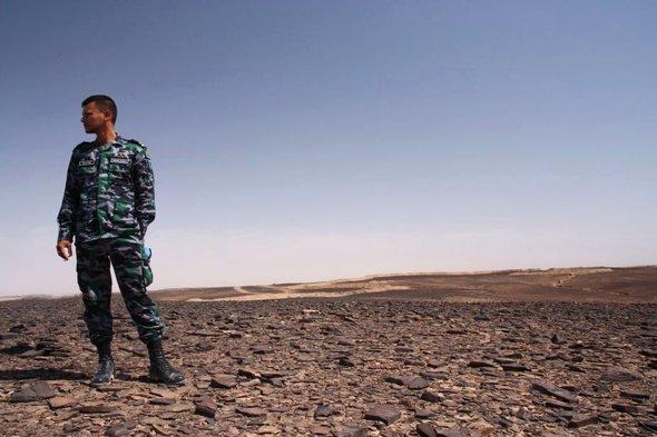 A UN soldier near Smara (photo: Annett Hellwig)