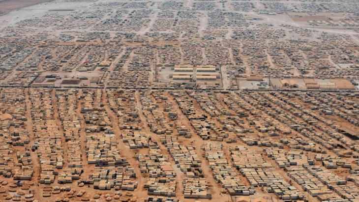 Aerial view of the refugee camp Zaatari near the Jordanian city of Mafraq (photo: Reuters/Mandel Ngan)