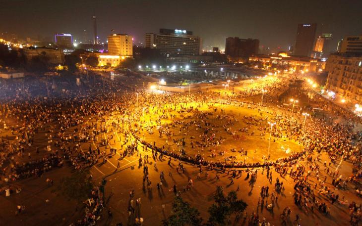 Feiern am Tahrirplatz am 6. Oktober anläßlich des 40. Jahrestags des Angriffs auf Israel; Foto: Reuters