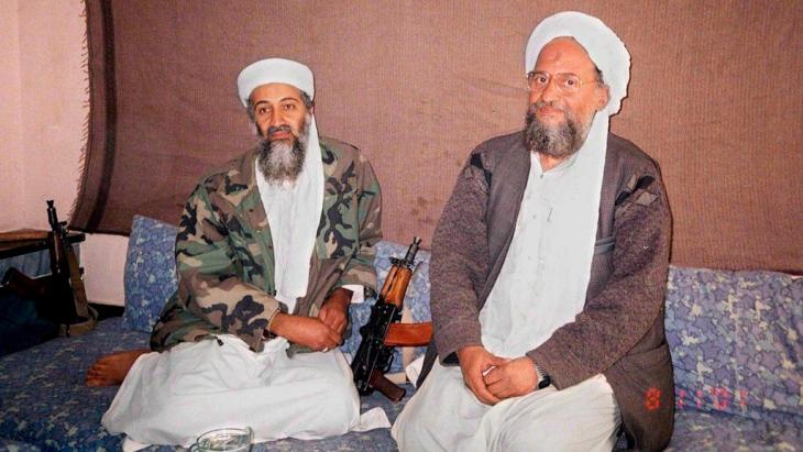Osama bin Laden and his successor Ayman al-Zawahiri (photo: picture-alliance /dpa)