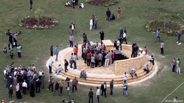 Monument in commemoration of the victims during the protests in Tahrir Square, Cairo (photo: dpa)