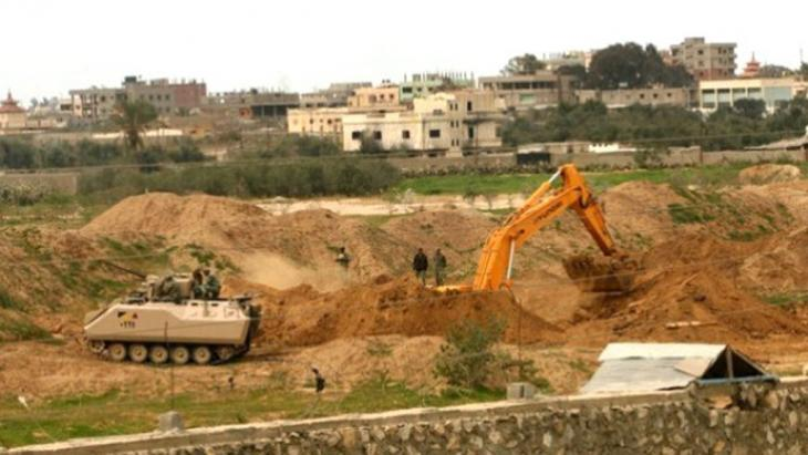 Egyptian army destroys tunnel, Rafah (Photo: DW/S. Al Farra)