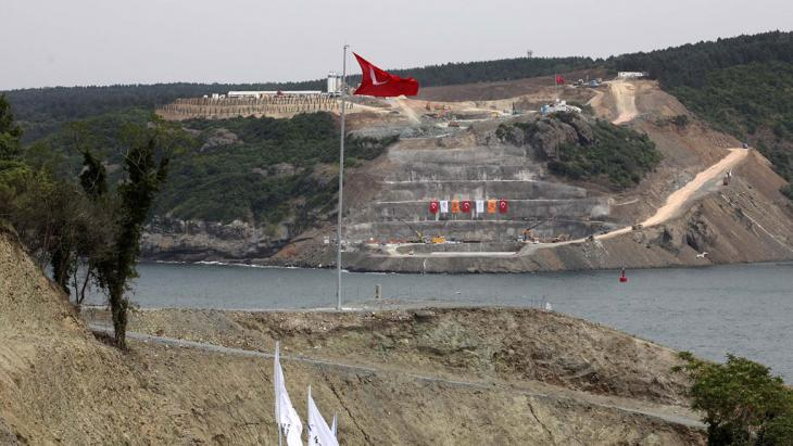 The construction of the third Bosporus Bridge (photo: MIRA/AFP/Getty Images)