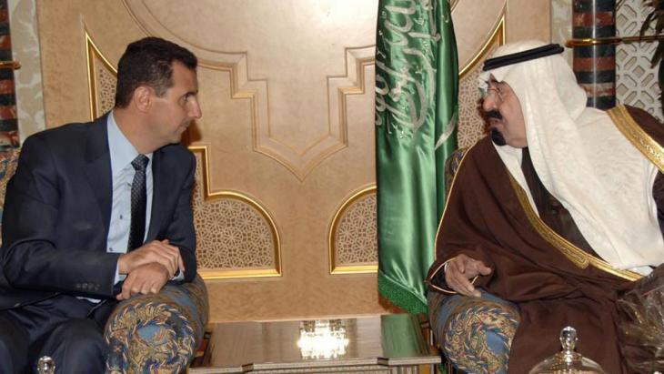 Saudi King Abdullah bin Abdulaziz Al Saud (right) and Syrian President Bashar Al-Assad in January 2010 (photo: dpa)