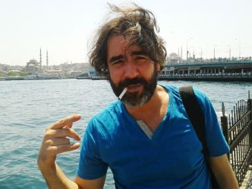 Deniz Yücel (photo: Luise Sammann)