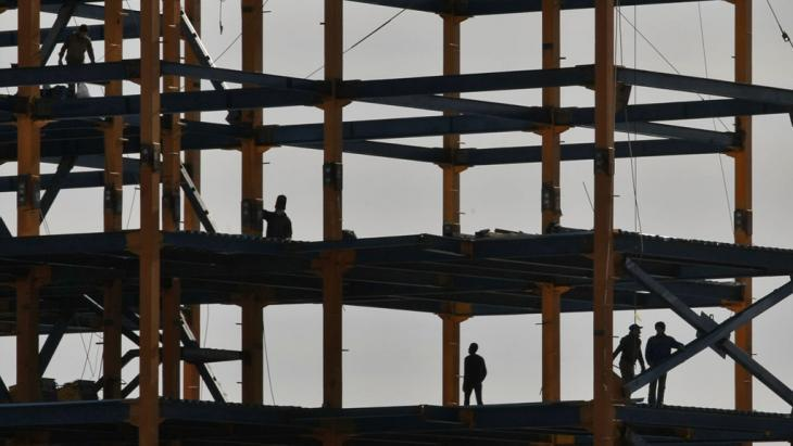 Construction site in northern Tehran (photo: IRNA)