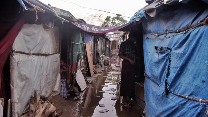 Rohingya refugee camp in Delhi, India (photo: Nirmal Yadav)