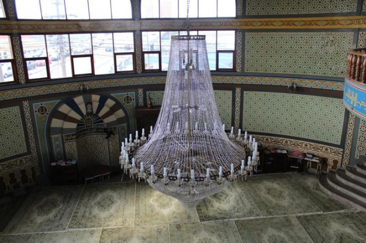 Interior of the Jundiai mosque, seen from the gallery. Photo: Ekrem Güzeldere