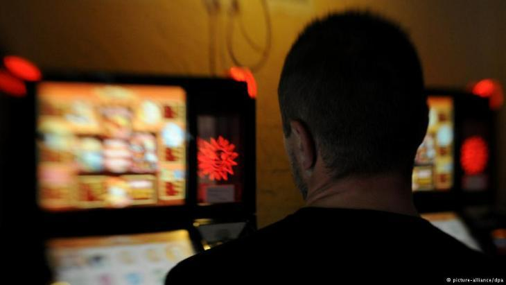 Photo symbolising gambling addiction among men with Turkish roots (photo: picture-alliance/dpa)