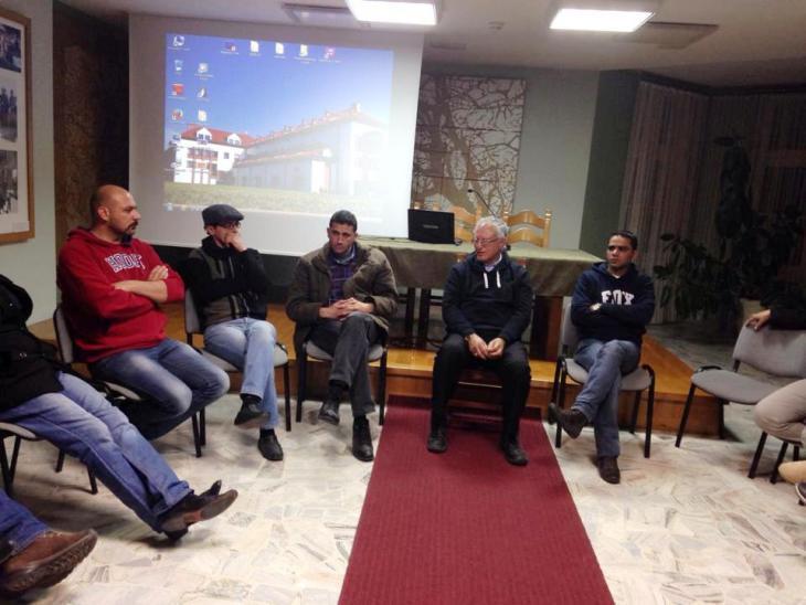 Palestinian participants and Professor Mohammed Dajani-Daoudi (photo: private)