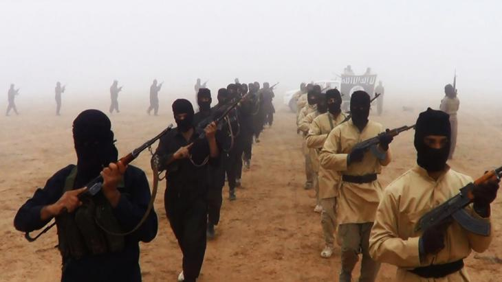 IS fighters in Iraq (photo: picture-alliance/abaca)