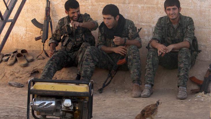 Kurdish YPG fighters in Qamishli, Syria (photo: Reuters/R. Said)