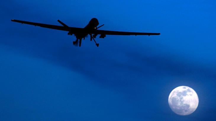 A US MQ-1 Predator drone over Afghanistan (photo: picture-alliance/AP)