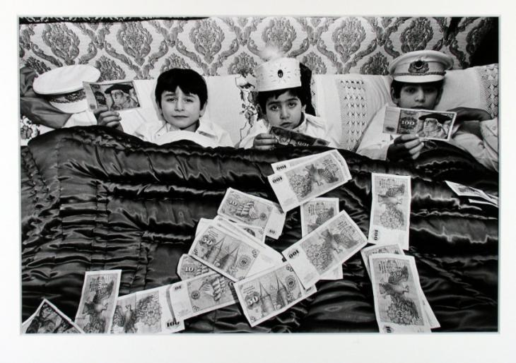 "Photo entitled ""Three brothers after circumcision"" from Henning Christoph's photo series ""Turks in the Ruhr region"" (photo: Jewish Museum Berlin)"