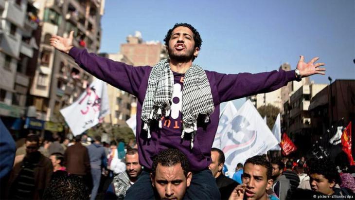 Demonstrators on Tahrir Square in Cairo (photo: dpa)