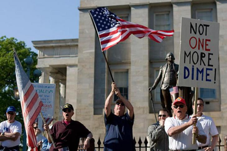 Supporters of the Tea Party during a demonstration (photo: AP)