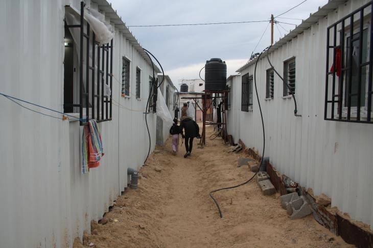 Mobile temporary shelters in Gaza (photo: Ylenia Gostoli)