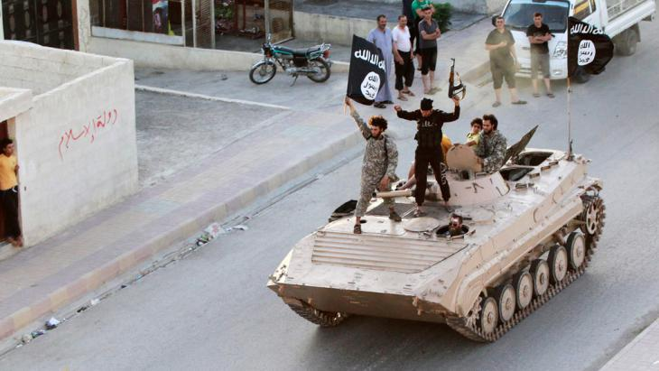 IS fighters in the northern Syrian province of Raqqa (photo: Reuters)