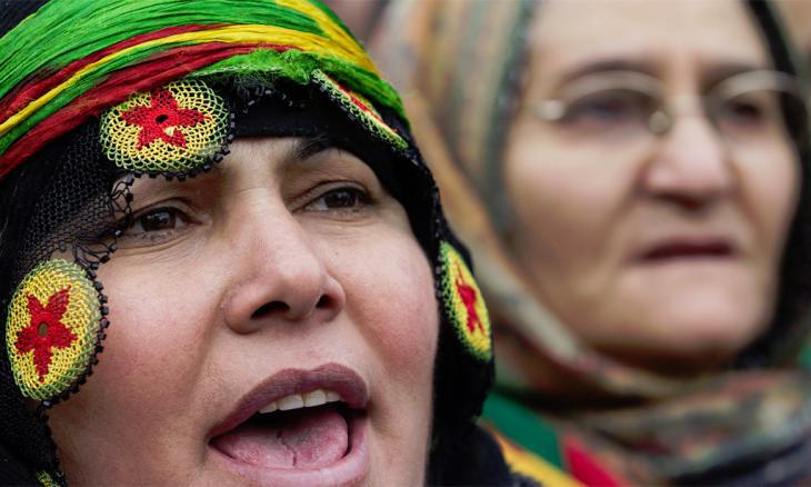 Kurdish women demonstrating for greater cultural autonomy (photo: epa/dpa)