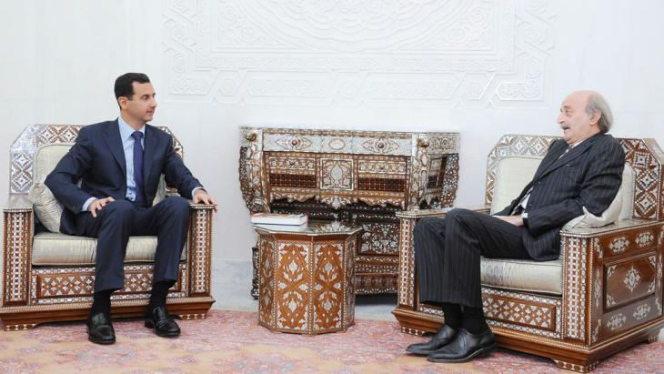 Walid Jumblatt (right) and Bashar al-Assad in Damascus (photo: dpa/picture-alliance)