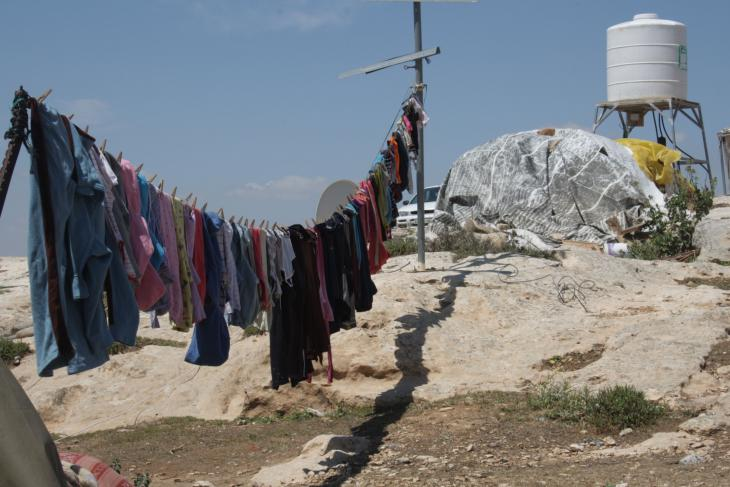 Clothes hanging on a washing line in Susiya (photo: Ylenia Gostoli)