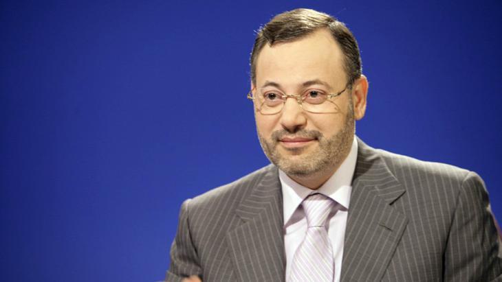 Al Jazeera journalist Ahmed Mansour (photo: picture-alliance/dpa/Al Jazeera)