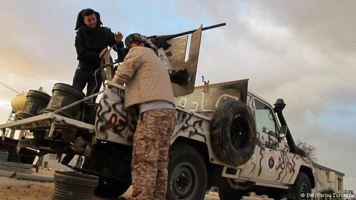 Libyan fighters near Derna (photo: DW)