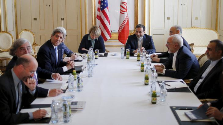 Nuclear negotiations in Vienna (photo: Reuters/C. Barria)